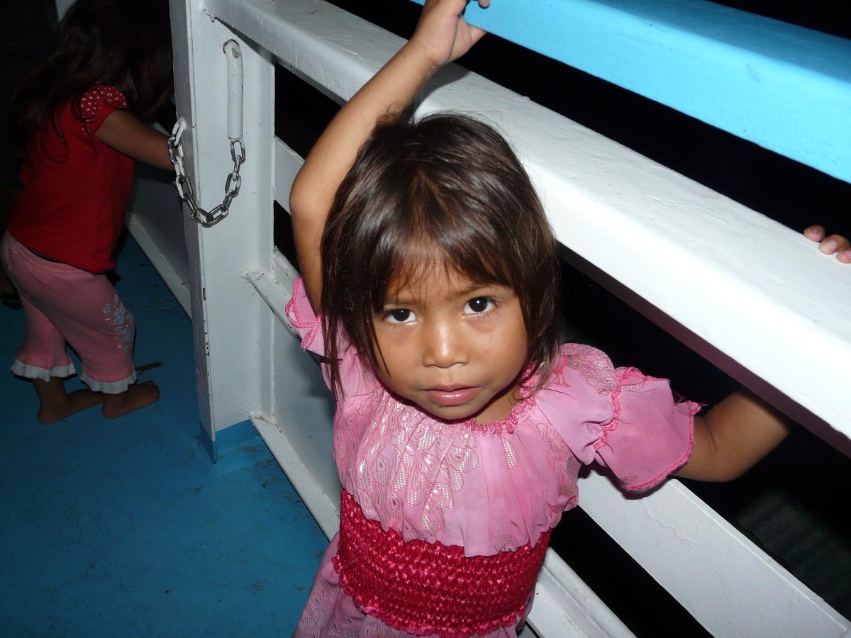 Amazonas, Mädchen