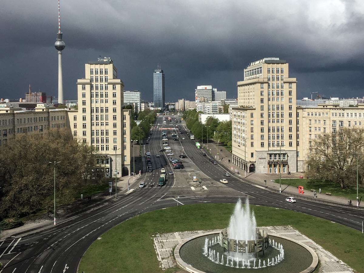 Strausberger Platz, Berlin