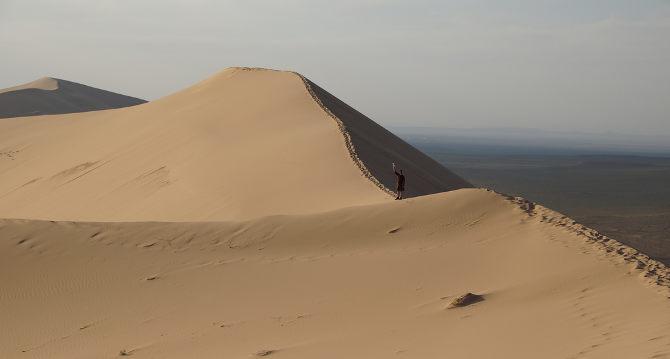 Khongoryn Els: Da spielt man wieder gern im Sand