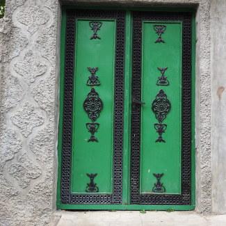 Tür in Kish
