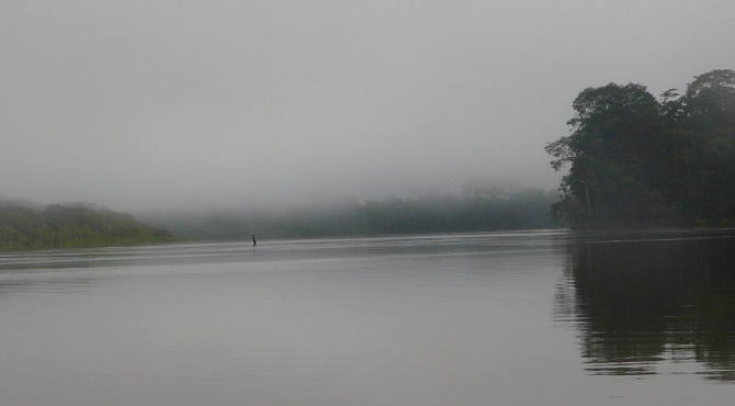 Morgens auf dem Amazonas