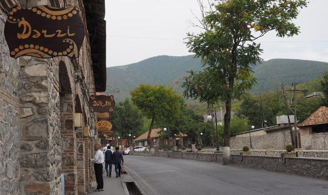 Hauptstraße in Sheki