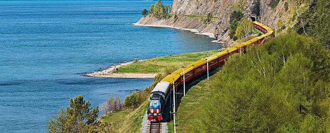 Zarengold Sonderzug am Baikalsee