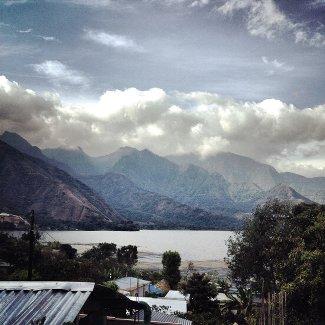Vulkane und Atitlan See