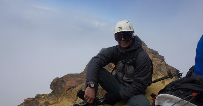 Eran, Gullivers climbing the Illinizas in Ecuador