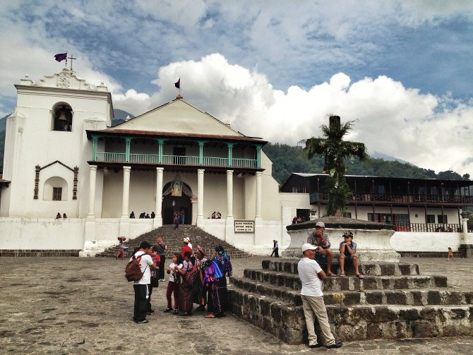 Iglesia Parroquial Santiago Apostol