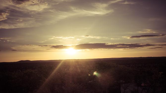 Sonnenuntergang über dem Etosha Park
