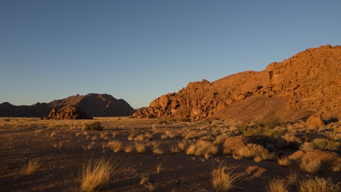 Sonnenuntergang in der Namibwüste