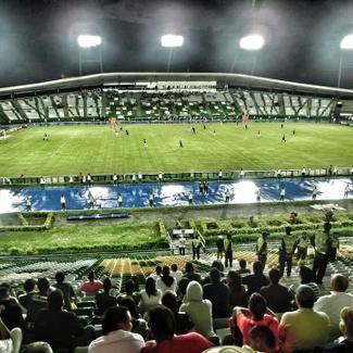 stadion2_325