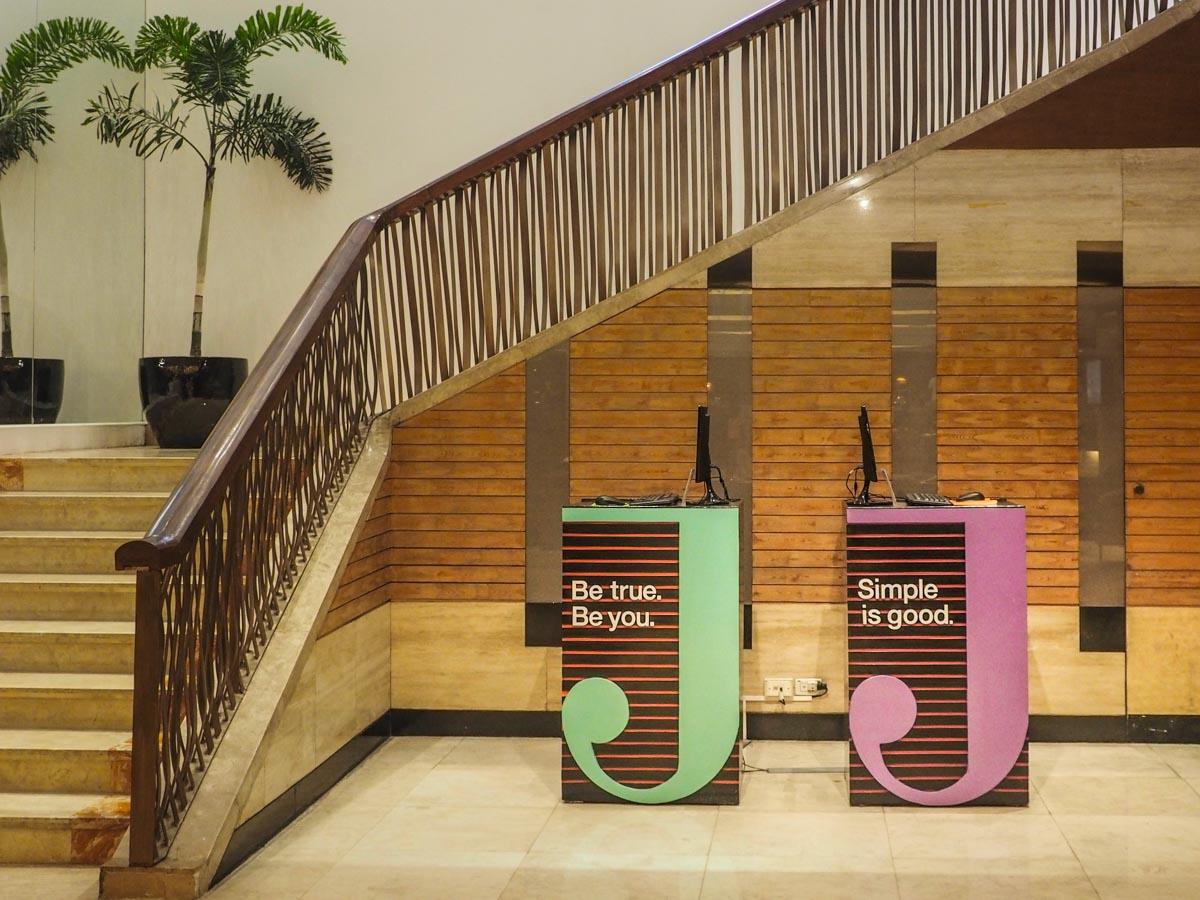 Hotel Jen Foyer