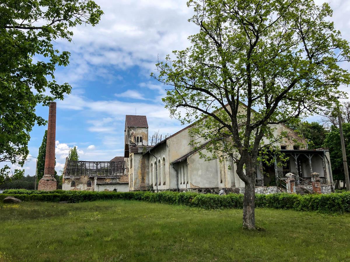 Neustrelitz, Domjuech